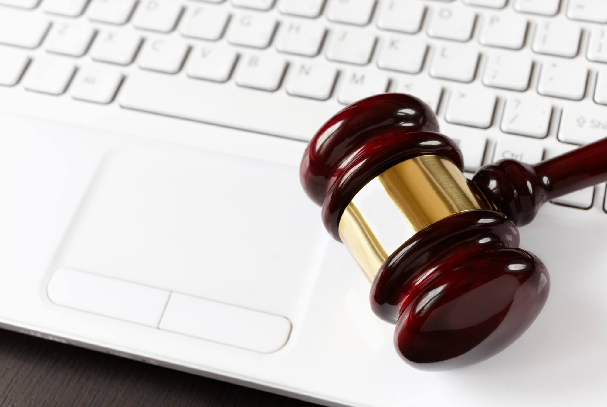 Avoiding Online Auction Fraud